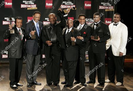 Members of Little Anthony and the Imperials Appear Backstage During the Rock and Roll Hall of Fame Induction Ceremony in Cleveland Ohio Usa 04 April 2009 This Year's Inductees Are Jeff Beck Bill Black Dj Fontana Wanda Jackson Little Anthony and the Imperials Metallica Run-d M C Spooner Oldham and Bobby Womack