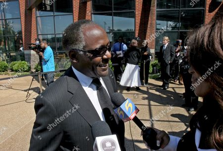 Richard Roundtree of Shaft Fame Attends the Memorial Service For Oscar and Grammy Winning Singer and Composer Isaac Hayes at the Hope Presbyterian in Cordova Tennessee Usa 18 August 2008 Hayes Was Found by Family Members Unresponsive Next to a Running Treadmill 10 August He Was Pronounced Dead a Short Time Later at a Local Hospital His Doctor Listed the Cause of Death As a Stroke Hayes Was Also in the Movie