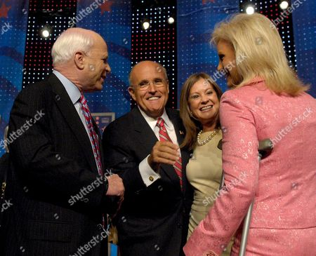 Republican Candidate For United States President Former Mayor of New York Rudy Juliani (2-l) and His Wife Donna Hanover (2-r) Share a Moment with Fellow Candidate Arizona Senator John Mccain (l) and His Wife Cindy Mccain (r) Following a Debate Held at the University of New Hampshire in Durham New Hampshire Usa 5 September 2007