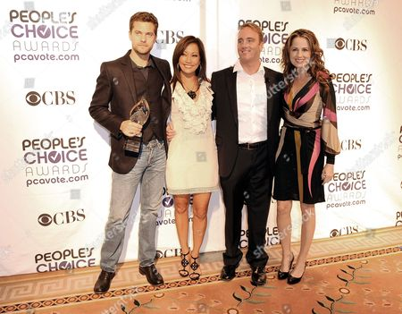 (l-r) Us Actors Josh Jackson Carrie Ann Inaba Jay Mohr and Paula Marshall Arrive For the 35th Annual People's Choice Awards Nomination Announcement Press Conference at the Peninsula Hotel in Beverly Hills California Usa 10 November 2008 the Awards Will Be Held at the Shrine Auditorium in Los Angeles California On 07 January 2009