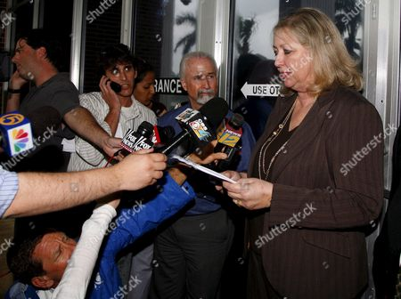 Marilyn Beuttenmuller Clerk Fourth District Court of Appeal Informs the Media That the Anna Nicole Smith's Mother Virgie Arthurs Emergency Motion to Stay Enforcement of the Trail Court's 22 February 2007 Order is Granted Until Further Order of the Court On Monday 26 February 2007 in West Palm Beach Florida Further Ordered That All Respondents Shall File a Response to Petition For Writ of Certiorari by 2:00p M Tuesday 27 February 2007 the Order Was Served to Howard Forman Clerk Susan Brown Dr Joshua Perper Medical Examiner Roberta Mandel Attorney Mary Krista Barth Hon Larry Seidlin Nancy Hass and Attorney Richard Milstein