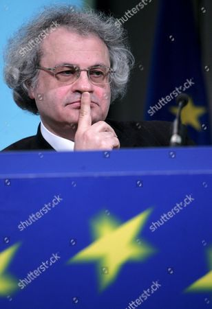 Lebanese Writer Amin Maalouf the Chairman of the Working Group On Intercultural Dialogue a Group of Intellectuals to Advise the European Commission On the Contribution of Multilingualism to Intercultural Dialogue is Pictured During News Conference at European Commission Headquarter in Brussels Belgium 31 January 2008 the Successive Enlargements of the European Union and Increased Mobility of Citizens Along with the Globalisation Process Have Contributed to New Immigration Flows and Increased the Degree of Interchange Between Languages Cultures and Beliefs in Europe to Face the Challenges Raised by an Increasingly Multicultural European Society There is a Pressing Need to Develop the Intercultural Skills of European Citizens and Promote Dialogue Between Cultures