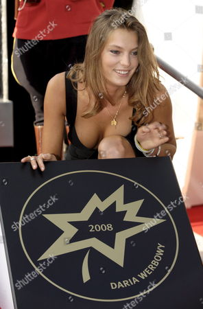 Fashion Model Daria Werbowy Poses with Her Sidewalk Star at the 10th Annual Canada's Walk of Fame Ceremony in Toronto Canada On 06 September 2008 the Walk of Fame Celebrates the Accomplishments of Canadians in the Areas of the Arts Entertainment Sports and Innovation