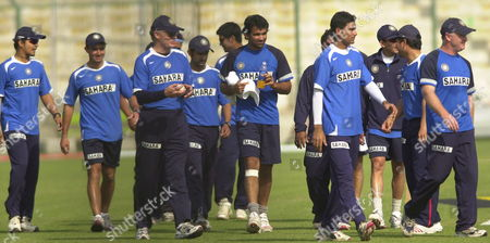 India Cricket Coach Greg Chappell (c-l) and His Team On Saturday 18 February 2006 During a Practice Session in Karachi the 5th and Final Match Between Pakistan and India Will Be Played Tomorrow Sunday in Karachi