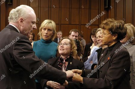 Former White House Counter-terrorism Advisor Richard a Clarke (l) is Thanked by Victims' Family Members Who Died at the World Trade Center and the Pentagon (l-r) Beverly Eckert Darien Ct Carol Ashley Long Island Ny and Rosemary Dillard Alexandria Va After Testifying Before the 9-11 Commission 24 March 2004 On Capitol Hill Clarke Has Written a Book 'Against All Enemies' Highly Critical of the Bush Administration For Failing to Recognize the Dangers Posed by Al Qaeda Before the Attack On 11 September 2001