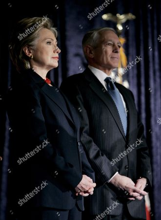 Democratic Presidential Hopeful and U S Senator Hillary Clinton (democrat- New York) (l) Stands with Former Nato Supreme Allied Commander U S Army General (retired) Wesley Clark (r) Before She Delivered a Speech at George Washington University in Washington D C Usa On 25 February 2008 Clinton Delivered a Major Foreign Policy Address