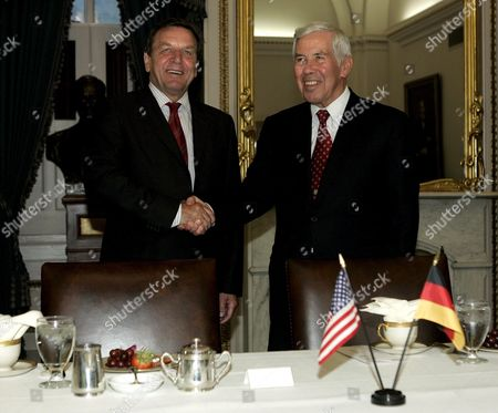 German Chancellor Gerhard Schroeder (l) Shakes Hands with Chairman of the Senate Foreign Relations Committee Sen Richard Lugar (r-indiana) On Capitol Hill in Washington Dc On Monday 27 June 2005
