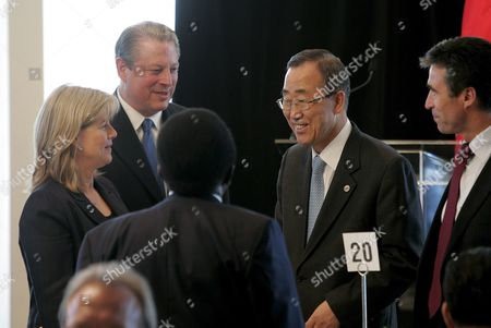 United Nations Secretary-general Ban Ki- Moon (2-r) Greets Former Us Vice President Al Gore Tipper Gore (l) and the Prime Minister of Denmark Anders Fogh Rasmussen (r) During a High-level Climate Change Meeting at the United Nations General Assembly at United Nations Headquarters in New York New York Usa On 24 September 2007 Tomorrow the General Debate of the 62nd United Nations General Assembly Will Begin