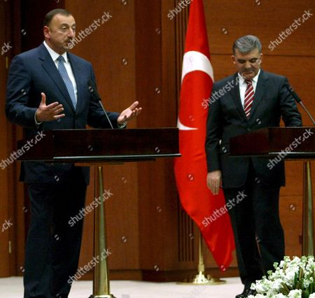 Stock Image of Azerbaijan's President Ilkham Aliev (l) and Turkish President Abdullah Gul Address the Media During Their Joint Press Conference at the Turkish Presidential Palace in Ankara Turkey On 05 November 2008 Azerbaijan's Newly-elected President is On His First Official Visit to Turkey Following the Election For the Second Presidential Term Talks Are Expected to Focus On Energy and Resources Issues