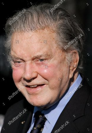 Stock Image of Us Actor Cliff Robertson Arrives For the Premier of the Movie 'Spider-man 3' in the Astoria Neighborhood of Queens New York 30 April 2007