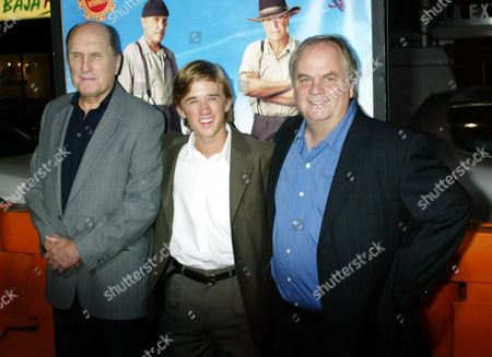 Stock Image of ( From Left) Actors Robert Duvall Haley Joel Osment and Director Tim Mccanlies Pose During the Movie Premiere of 'Secondhand Lions' in Los Angeles On Thursday 18 September 2003 the Film Was Produced by New Line Cinema and Stars Robert Duval Michael Caine and Haley Joel Osment Epa Photo/epa/francis Specker// United States Los Angeles
