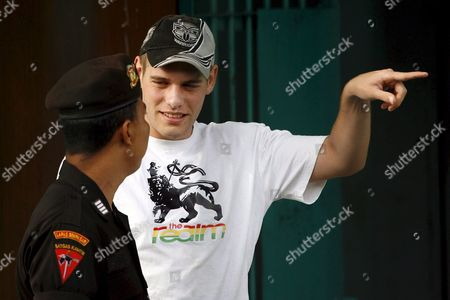 Australian Matthew Norman (r) One of Six Australian Members of the Bali Nine On Death Row Talks to Prison Officer During Indonesian Independence Day Celebration Inside the Kerobokan Prison in Denpasar Bali Indonesia On 17 August 2007 Three Denpasar District Court Judges Which Heard the Last Ditch Appeal of Bali Nine Heroin Couriers Matthew Norman Si Yi Chen and Tan Duc Thanh Nguyen Rejected All Legal Arguments to Downgrade Their Death Sentences