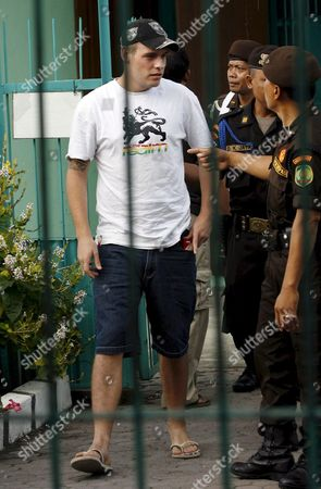 Australian Matthew Norman (l) One of Six Australian Members of the Bali Nine On Death Row Talks to Prison Officer During Indonesian Independence Day Celebration Inside the Kerobokan Prison in Denpasar Bali Indonesia On 17 August 2007 Three Denpasar District Court Judges Which Heard the Last Ditch Appeal of Bali Nine Heroin Couriers Matthew Norman Si Yi Chen and Tan Duc Thanh Nguyen Rejected All Legal Arguments to Downgrade Their Death Sentences