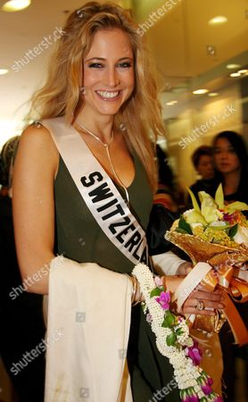 Miss Universe 2005 Contestant Miss Switzerland Fiona Hefti Smiles As She Arrives at the Shopping Mall in Bangkok Thailand On Sunday 15 May 2005 Miss Switzerland Fiona Hefti is to Join the Creation of a Special Wishing Fountain an Art Piece of Cement Donated to Bkk Metropolitan For Benjasiri Park in Bangkok