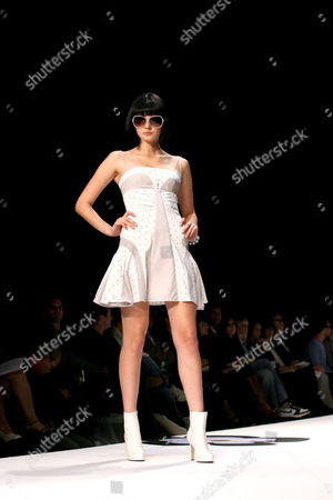 A Model Wears a Creation of the Louis Verdad Spring 2007 Collection During the Mercedes-benz Fashion Week in Culver City Los Angeles California On Sunday 15 October 2006