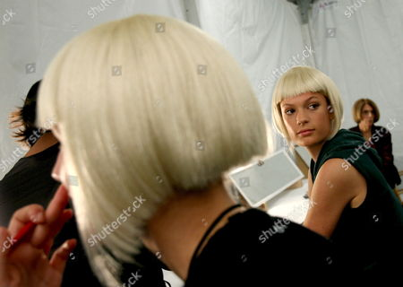 Models Prepare For the Presentation of the Spring 2007 Collection of Louis Verdad Backstage at the Mercedes-benz Fashion Week in Culver City Los Angeles California On Sunday 15 October 2006