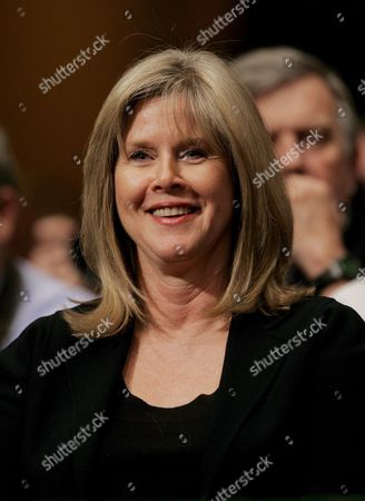 Tipper Gore Wife of Former Us Vice President Al Gore Reacts to an Exchange Between Her Husband and Us Senator James Inhofe (republican- Oklahoma) During a Hearing of the Us Senate Environment and Public Works Committee On Capitol Hill in Washington Dc Wednesday 21 March 2007 Gore Testified About Global Warming