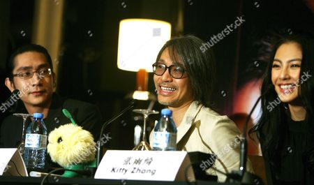 Hong Kong Movie Actor-director Stephen Chow (c) and Co-stars Lee Sheung Ching (l) and Kitty Zhang During a Press Conference in Singapore Singapore 04 February 2008 Chow is in the City-state to Promote His Latest Comedy Feature 'Cj7'