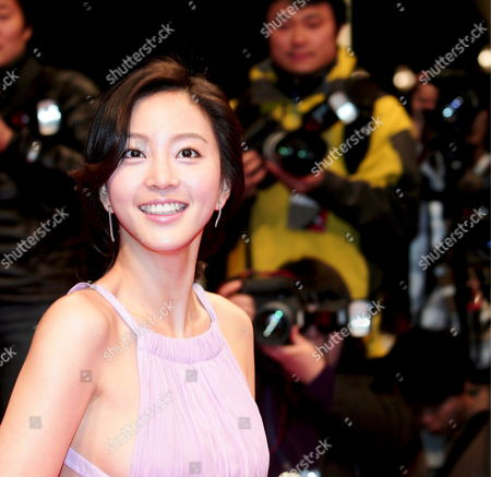 South Korean Actress Han Ye-seul Who Appeared On the Sbs Drama 'Tazza' Arrives For the 45th Annual Baeksang Art Awards at Olympic Park Olympic Hall in Seoul South Korea 27 February 2009
