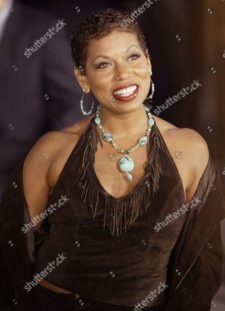 Actress Rolanda Watts Poses For Photographers As She Arrives at the Premiere of the New Documentary Film 'Tupac Resurrection' in Hollywood Tuesday 04 November 2003 the Film About the Late Hip Hop Artist Tupac Shakur is Produced by His Mother Afini Shakur Comprised of Concert Footage Home Movies and is Told by Tupac in Own Words