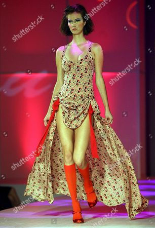 A Model Presents a Creation of Designer Peter Lau For the Peter Lau Spring and Summer Collection in Hong Kong China 10 July 2007 the Show Has Attracted 1 143 Exhibitors From 19 Countries
