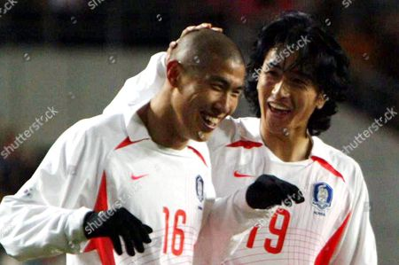 South Korean National Soccer Player Du-ri Cha (l) is Congratulated by Teammate Jung-hwan Ahn After Scoring Against Lebanon During Their World Cup 2006 Soccer Qualification in Suwon South Korea Wednesday 18 February 2004 South Korea Won 2-0