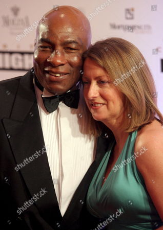 Former Us Boxer Ernie Shavers (l) and His Wife Laverne Pose For Photographers As They Arrive For Muhammad Ali's Celebrity Fight Night Xiv in Phoenix Arizona Usa 05 April 2008 the Event Raises Money For the Muhammad Ali Parkinson Center and Other Charities