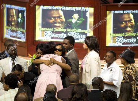 Family and Friends Comfort Each Other Before the Start of Memorial Service of Us Actor and Comedian Bernie Mac at the House of Hope Church in Chicago Illinois Usa 16 August 2008 Mac 50 Died in a Chicago Hospital On 09 August From Complications Due to Pneumonia
