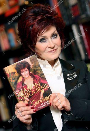 Editorial photo of Britain Sharon Osborne Survivor - Dec 2007