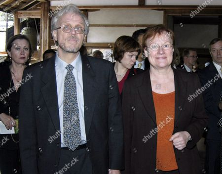 Finnish President Tarja Halonen (r) and Her Husband Dr Pentti Arajarvi (l) Walk in the Ryoanji Temple in Kyoto Saturday 23 October 2004 This Temple is Famous For Its Rock Garden Ms Halonen Will Be Back in Tokyo This Evening to Assist at a Kabuki Theater Performance