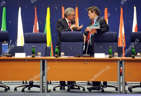 Jose Luis Lopez Da Mota President of the Eurojust (l) and Gerard Deprez Chairman of the Libe Commitee Seen Prior the Eu Informal Meeting of the Minister For Justice and Home Affairs Council in Prague Czech Republic 16 January 2009