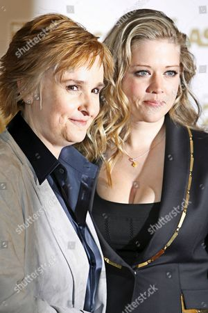 Singer Melissa Etheridge (l) and Tammy Lynn Michaels Arrives at the Ascap Pop Music Awards at the Kodak Theatre 18 April 2007 in Los Angeles California