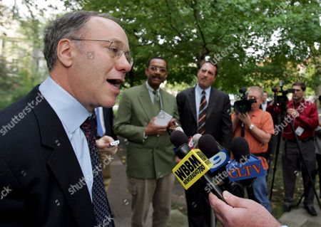 Stock Picture of University of Chicago Professor Roger Myerson Winner of the Nobel Memorial Prize in Economic Sciences Talks to the Reporters After Arriving at the University of Chicago Campus in Chicago Illinois Usa 15 October 2007