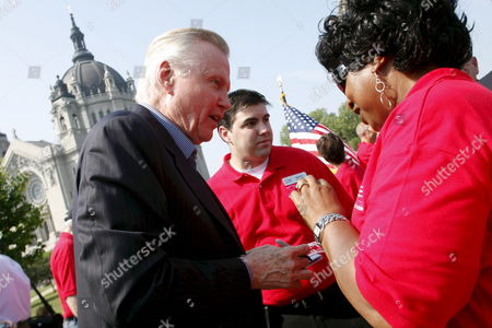 Actor John Voight (l) Visits and Signs Autographs During a Rally Sponsored by Family United For Our Troops and Our Mission On 01 September 2008 in St Paul Mn Up to 10 000 Anti-war Demonstrators Marched From the Minnesota State Capitol to the Site of the Republican National Convention in St Paul the Republican National Convention is Scheduled to Run 1 September Through 4 September
