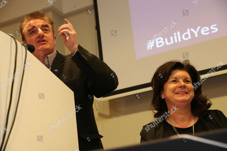 Tommy Sheppard MP (SNP, Edinburgh East) and Elaine C Smith, Scottish Independence Convention Convener