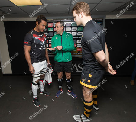 Wasps vs Toulouse. Toulouse's Thierry Dusautoir and Joe Launchbury of Wasps with Referee John Lacey at the coin toss
