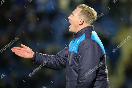 Chesterfield caretaker Manager Ritchie Humphreys issues instructions during the EFL Sky Bet League 1 match between Chesterfield and Coventry City at the Proact stadium, Chesterfield