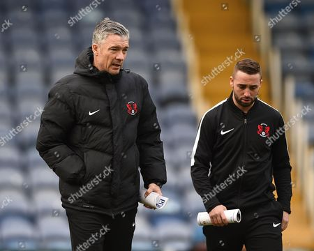Leyton Orient Manager Andy Edwards left talks to Sammy Moore of Leyton Orient during Portsmouth vs Leyton Orient, Sky Bet EFL League 2 Football at Fratton Park on 14th January 2017