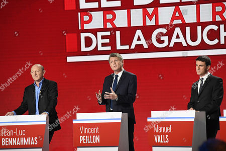 Candidates for the left-wing party primaries ahead of the 2017 presidential election, President of the Democratic Front (Front Democrate) Jean-Luc Bennahmias (L), former Education minister Vincent Peillon (C) and former Prime minister Manuel Valls participate in the second televised debate in Paris, France, 15 January 2017. France's seven left-wing presidential candidates hold their second televised debate before the first round of their primary on January 22.