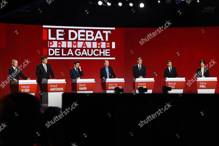 Candidates for the left-wing party primaries ahead of the 2017 presidential election (L-R) founder of the Ecology party 'Ecologistes!' Francois de Rugy, former Economy minister Arnaud Montebourg, former Education 