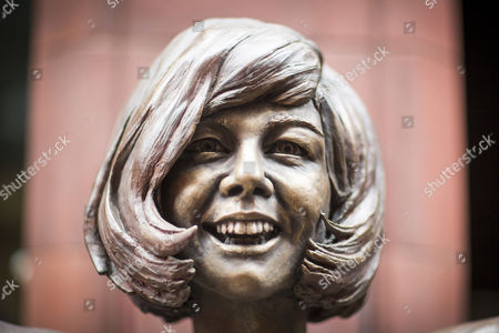 Statue of Cilla Black is unveiled outside The Cavern Club