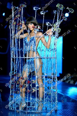 Turkish Top Model Cansu Dere Takes to the Catwalk Modeling an Outfit by Turkish Designer Cengiz Abazoglu in Istanbul Turkey On Monday 10 May 2004
