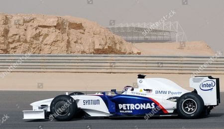 Bmw Christian Klein Tests His Car During the Training at the Bahrain International Circuit (bic) in Sakhir South of the Capital Manama Bahrain 13 February 2009 Ferrari Toyota and Bmw Resumed Testing After a Sandstorm Forced the Teams to Suspend Their Tests On the 11th and 12th of February in Preparation For the 2009 Fia Formula One World Championship in Bahrain the Teams Are Expected to Continue Testing Until the 19 February 2009