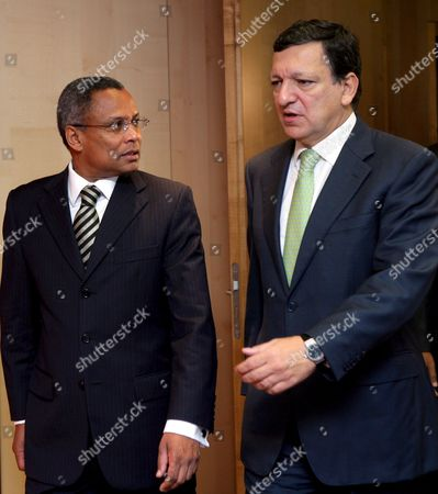 Cape Verde Prime Minister Jose Maria Neves (l) is Welcomed by European Commission President Jose Manuel Barroso Ahead of a Meeting in Brussels at Eu Commission Headquarter in Brussels Belgium 25 October 2007