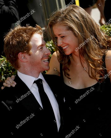 Us Actors Seth Green (l) and Candace Bailey (r) Arrive For the Primetime Creative Arts Awards at the Shrine Auditorium in Los Angeles California Usa 08 September 2007