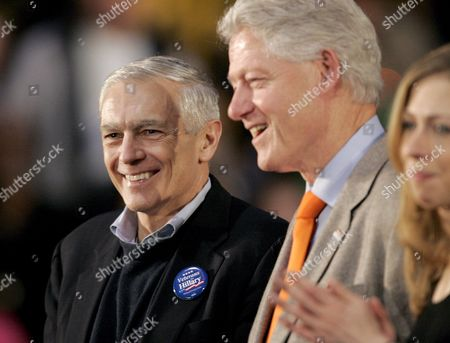 General Wesley Clark (l) Along with Former U S President Bill Clinton Center and His Daughter Chelsea Stand While Democratic Presidential Hopeful New York Senator Hillary Clinton (not Pictured) Speaks to Supporters 18 January 2008 at Greenspun Middle School in Henderson Nevada Usa the Nevada Caucuses Will Be Held 19 January
