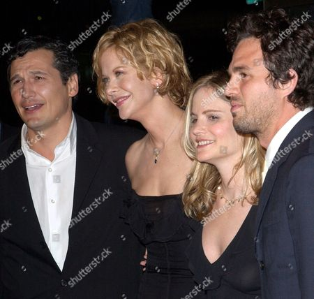 Us Actress Meg Ryan (2nd Left) is Flanked by Co-stars (from Left) Nick Damici Jennifer Jason Leigh and Mark Ruffalo As They Arrive For the Premier of Their Film 'In the Cut' Held at the Academy of Motion Pictures Arts and Sciences in Los Angeles Thursday 16 October 2003
