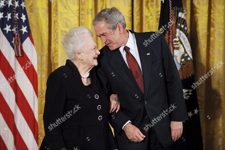 Us President George W Bush Talks with Actress Olivia De Havilland Prior to Awarding Her the National Medal of Arts During a Ceremony in the East Room of the White House in Washington D C Usa 17 November 2008 De Havilland Won Two Oscars and is the Last Surviving Principal Cast Member From Gone with the Wind