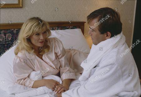 Claire King (as Kim Tate) and Brian Deacon (as Neil Kincaid) as Kim and Neil begin their affair (Ep 1710 - 5th November 1992)