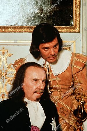 'The Man in the Iron Mask'    - Ralph Richardson and Louis Jourdan.